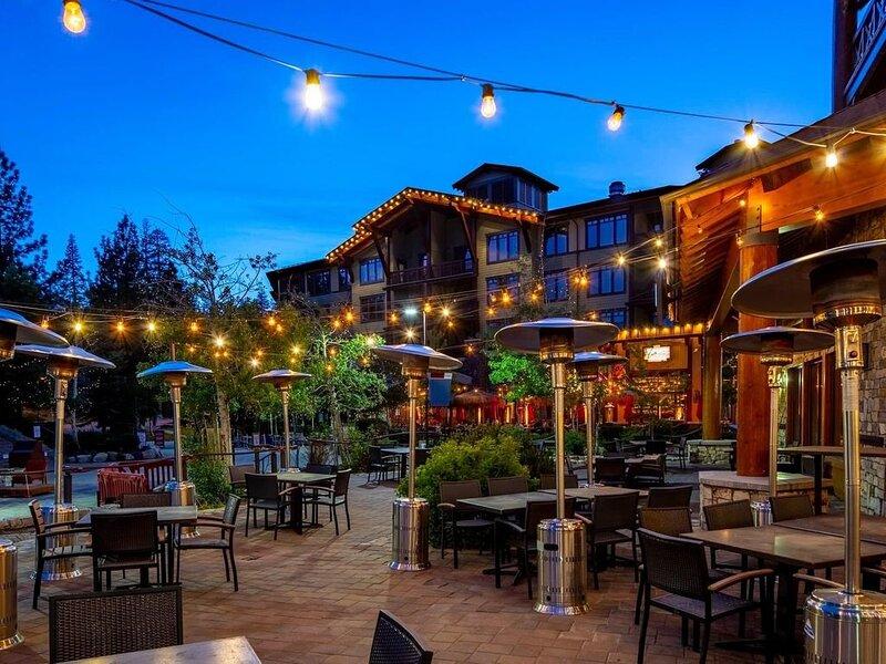 Mammoth Condo Close to Village - Great Location !, aluguéis de temporada em Mammoth Lakes