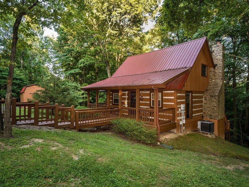 Snoozing Moose Log Cabin, alquiler de vacaciones en Nashville