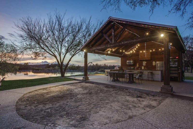 River's Edge Retreat, holiday rental in Weatherford
