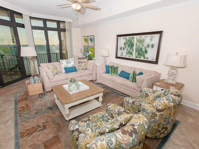 Living Room-Phoenix West II 1405-Orange Beach, AL