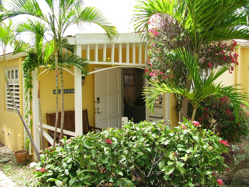 Your own private pool with a spectacular ocean view!, vacation rental in St. Croix
