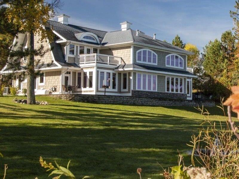 Family Friendly Leech Lake Beach House, Spectacular Views!-Inquire about Weekly/, alquiler de vacaciones en Hackensack