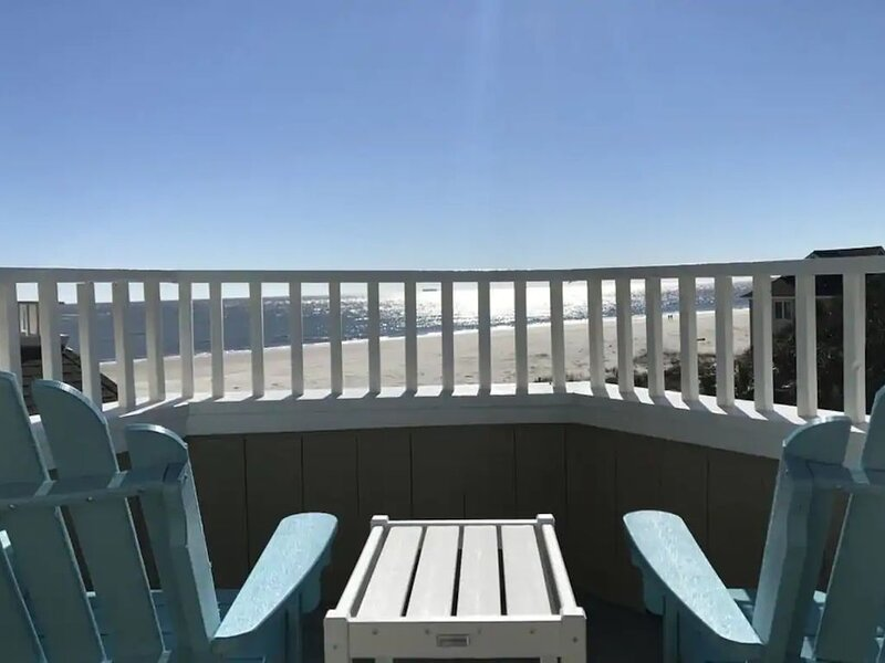 Port O' Call E303 - Sensational Oceanview! Top Floor!, holiday rental in Isle of Palms