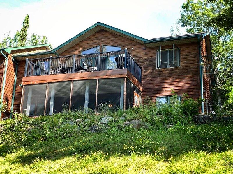 ATV, Boat, Fish, Golf, Ski, Snowmo, & More at Lakewoods Resort on Lake Namakagon, holiday rental in Cable