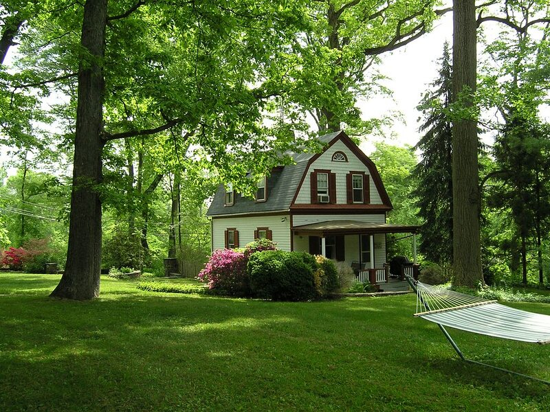 Brandywine Valley Cottage near Media and Chadds Ford Pa., casa vacanza a Kennett Square