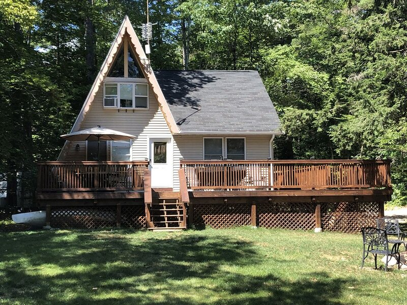 Ready for 2020! updated camp for Sunrise Lake, holiday rental in Rochester