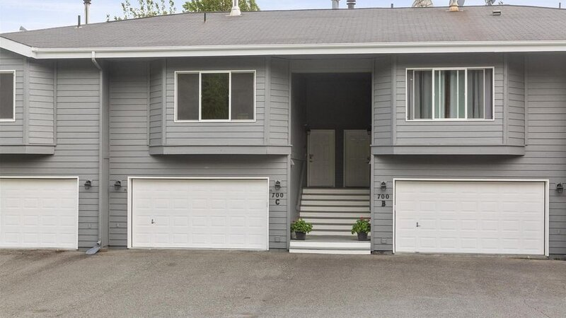 OceanView Townhouse - Three Bedroom Apartment, Sleeps 8, vacation rental in Seward