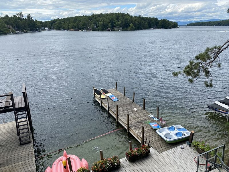 Lake Winnipesaukee/Year round family house, 9min to Gunstock Mtn., vacation rental in Alton