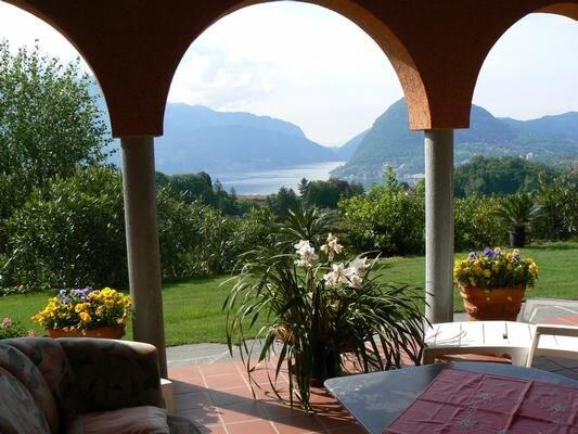 Ferienwohnung Porza für 4 - 6 Personen mit 3 Schlafzimmern - Villa – semesterbostad i Bioggio