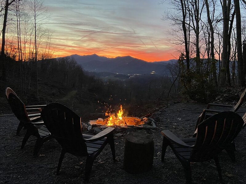 Beautiful Smoky Mountain View, vacation rental in Waynesville
