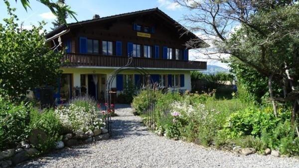 Ferienwohnung Aeschi b. Spiez für 3 Personen mit 2 Schlafzimmern - Ferienwohnung, holiday rental in Leissigen