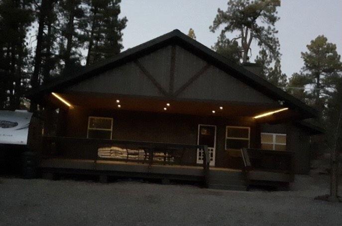 Forest as Your Backyard - Near Flagstaff, Grand Canyon, Sedona, alquiler de vacaciones en Munds Park