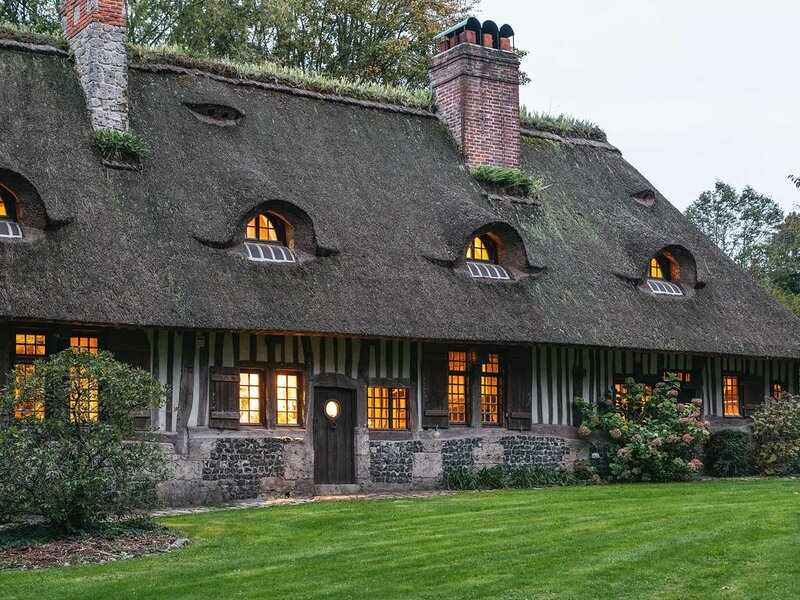 Les 3 Fresnes, belle chaumière au coeur de la nature normande., location de vacances à La Riviere-Saint-Sauveur