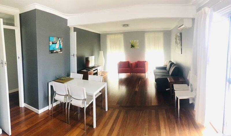 Warnbro Holiday Home, alquiler vacacional en Baldivis