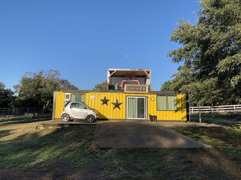 Unique Container Home in Leander Perfect for stays near Austin, Texas, holiday rental in Liberty Hill
