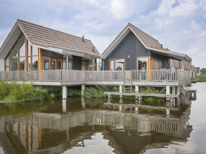 Komfort 12-Personen-Wasserhaus im Ferienpark Landal De Reeuwijkse Plassen – semesterbostad i Aarlanderveen