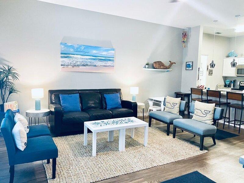 Corner Unit! Beautiful, New 1 Bedroom, Sleeps 6, Close to the Beach, Great Pool! – semesterbostad i Corpus Christi