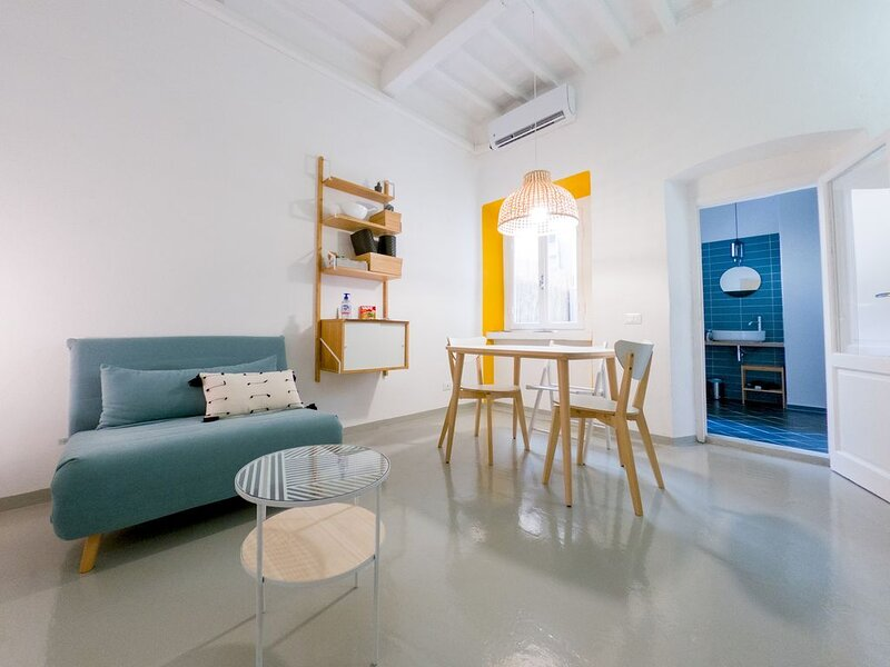 The Secret House - LI-E625-DCPP39AT, holiday rental in Livorno