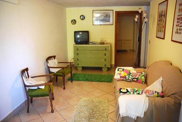 Ferienwohnung Cesio für 6 Personen mit 3 Schlafzimmern - Bauernhaus, location de vacances à Caravonica