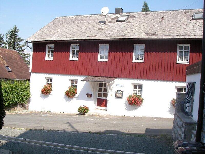 Ferienwohnung Presseck für 1 - 12 Personen mit 5 Schlafzimmern - Ferienwohnung, holiday rental in Kronach
