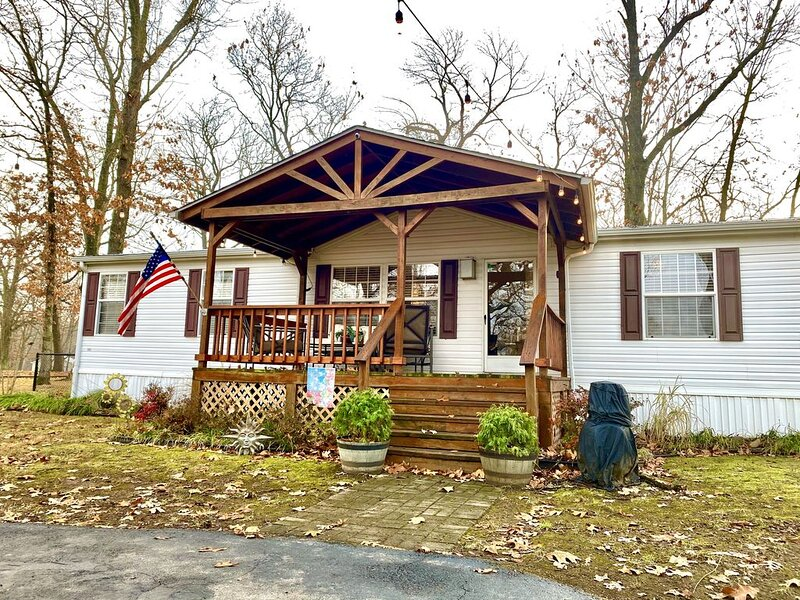 Duck Creek Cottage!!, holiday rental in Afton