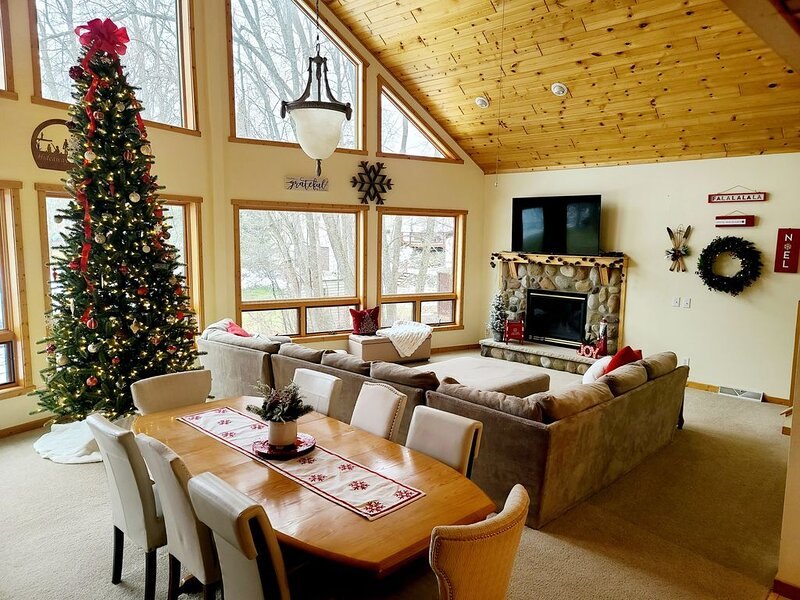 Large Lake Front Property On Gorgeous Lake Mille Lacs., holiday rental in Vineland