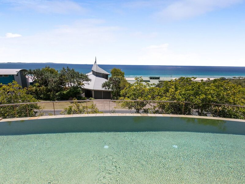 Lookout Unit 8 - Point Lookout, QLD, holiday rental in Redland City
