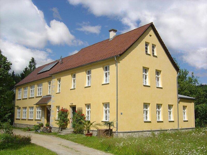 Ferienwohnung Bernried für 1 - 6 Personen - Ferienwohnung, holiday rental in Deggendorf