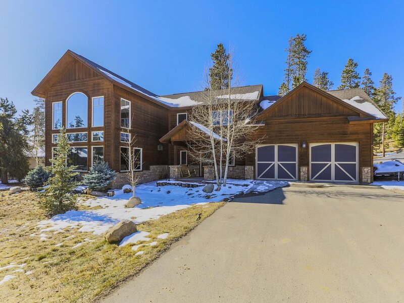 Spacious Grand Lake Getaway-unaffected by the wildfire, holiday rental in Grand Lake