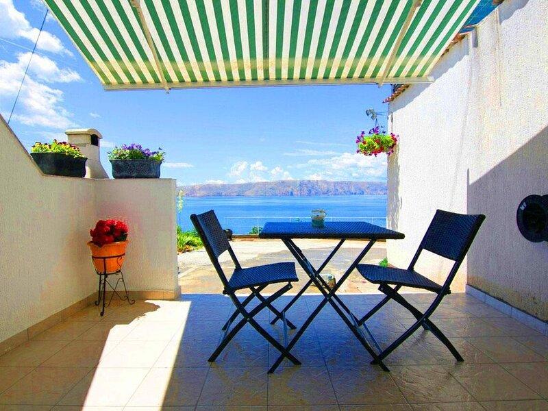 Ferienwohnung Senj für 1 - 2 Personen - Ferienwohnung, holiday rental in Vratarusa