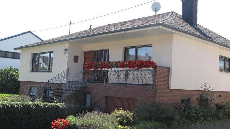 Ferienwohnung Rommersheim für 1 - 6 Personen mit 3 Schlafzimmern - Ferienwohnung, holiday rental in Prüm