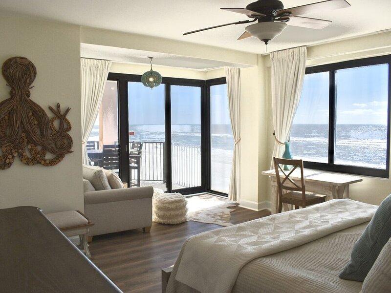 Upgrades Galore! STUNNING Views, Steps to the Sand & Short Walk to FLORA-BAMA!!, vacation rental in Orange Beach