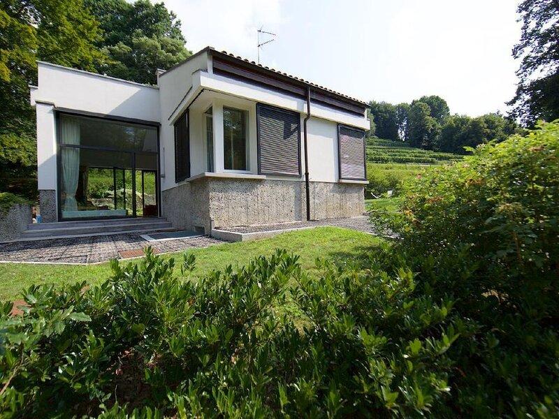 Ferienhaus Azzate für 1 - 7 Personen mit 3 Schlafzimmern - Ferienhaus, casa vacanza a Barasso