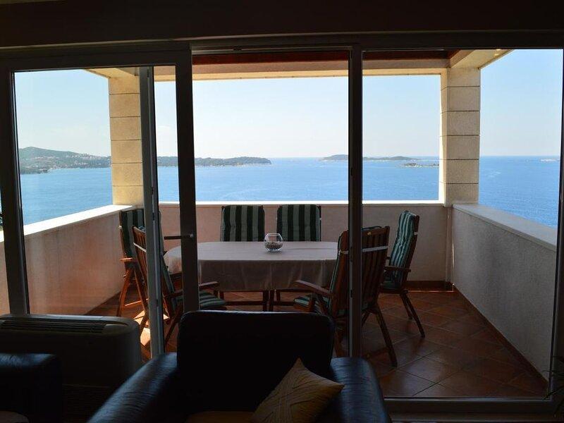 Ferienwohnung Mlini für 1 - 7 Personen - Ferienwohnung, vacation rental in Mlini