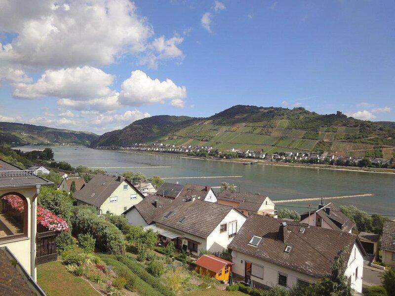 Ferienwohnung Oberdiebach für 1 - 3 Personen mit 2 Schlafzimmern - Ferienwohnung, holiday rental in Kaub