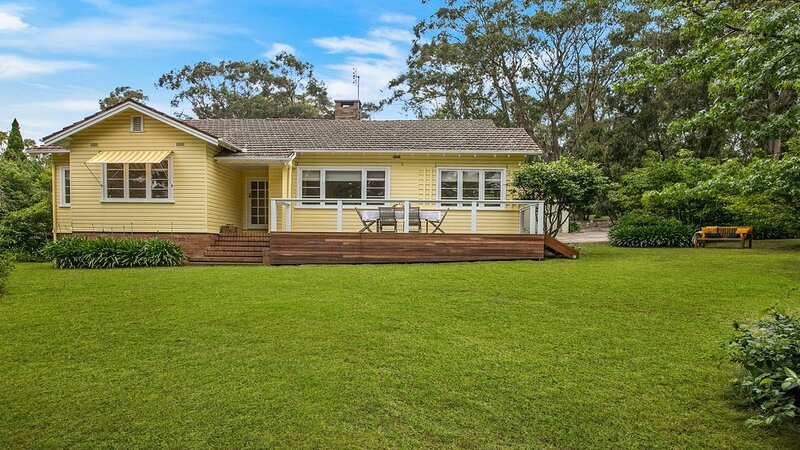 Canary Cottage - opposite Bowral County Club, holiday rental in Mittagong