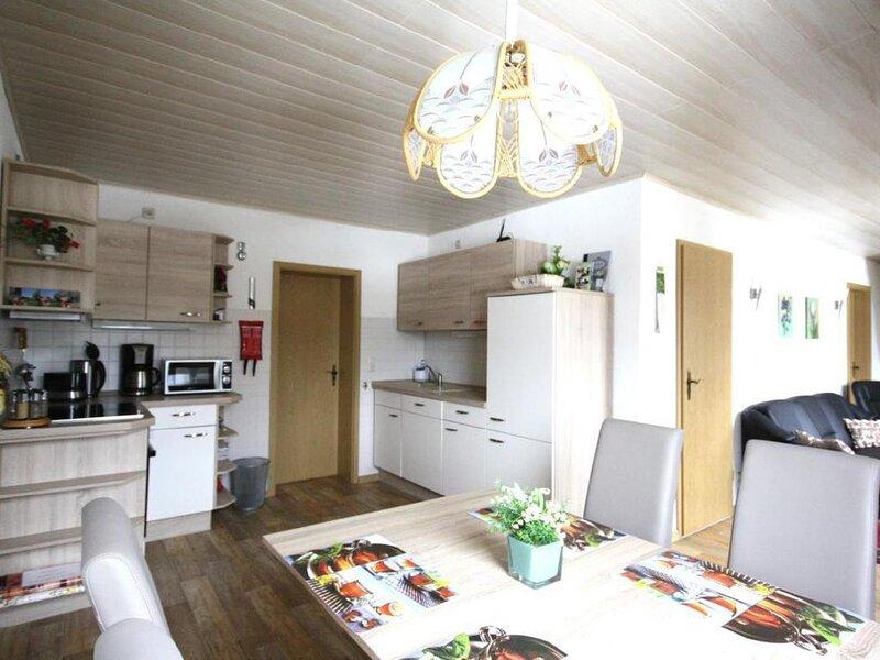 Ferienwohnung Sehmatal-Neudorf für 1 - 4 Personen - Ferienwohnung, casa vacanza a Crottendorf