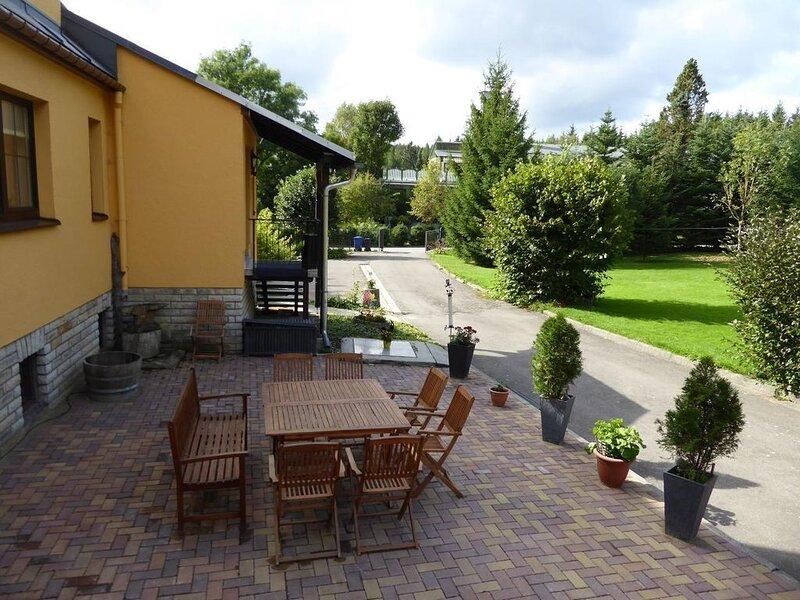 Ferienhaus Sehmatal-Sehma für 1 - 8 Personen - Ferienhaus, casa vacanza a Crottendorf