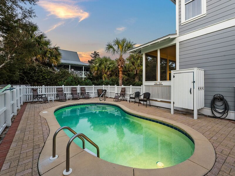 Deeded Beach Access, 3 minute walk! Gulf Views! Private Pool!, location de vacances à Grayton Beach