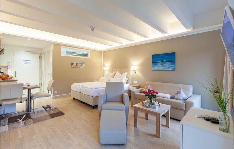 1 Zimmer Unterkunft in Prora/Rügen, holiday rental in Prora