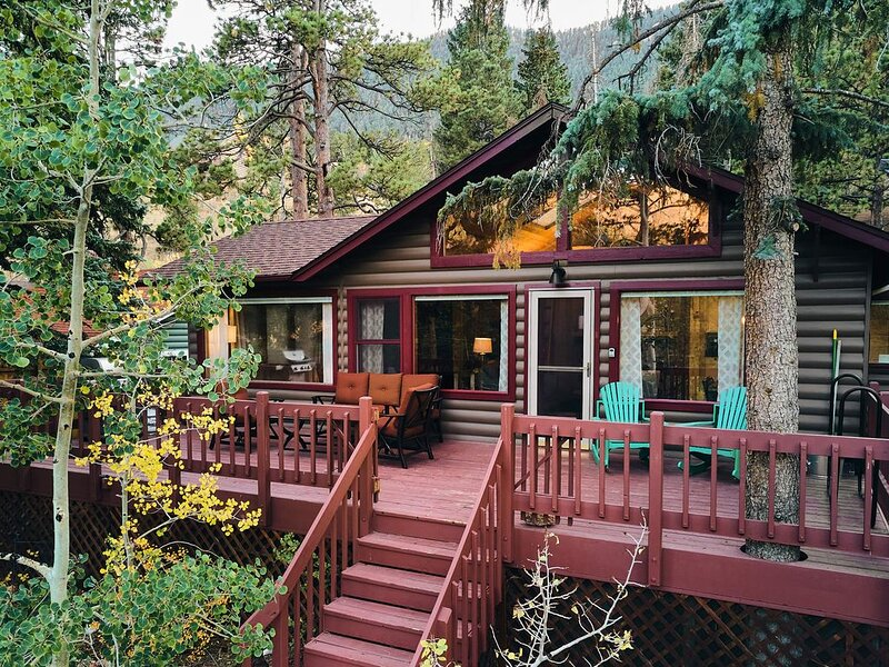 Pikes Peak Cabin is nestled at the foot of Pikes Peak in the sleepy town of Cascade