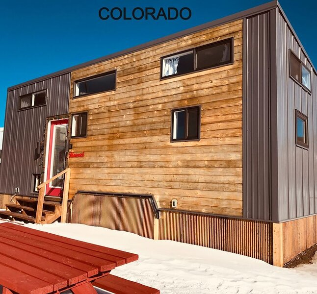 Tiny House Maverick in downtown leadville with free WiFi, vacation rental in Leadville