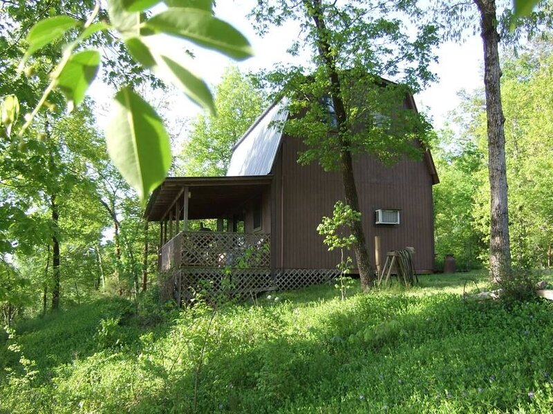 Enchanted Cabin-Seasonal View of Ouachita River, holiday rental in Pencil Bluff