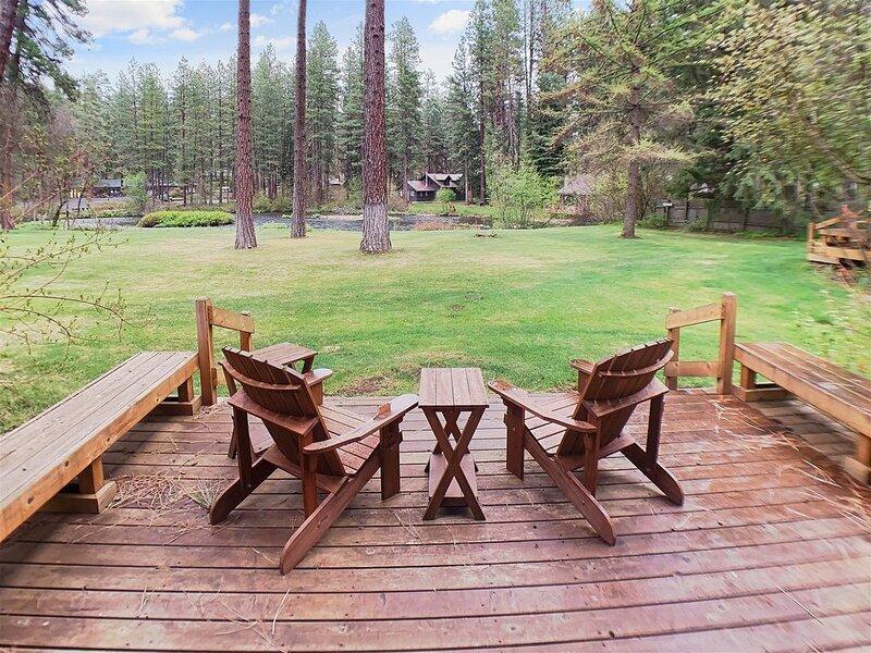 Metolius River Resort Cabin 9, aluguéis de temporada em Camp Sherman