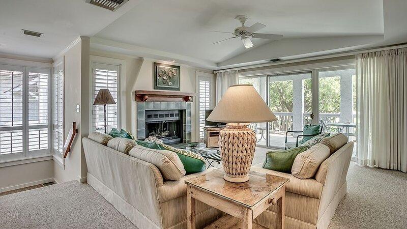 Memories Await, A Beautiful, Ocean View Villa featuring a wet bar, flat screens, holiday rental in Georgetown