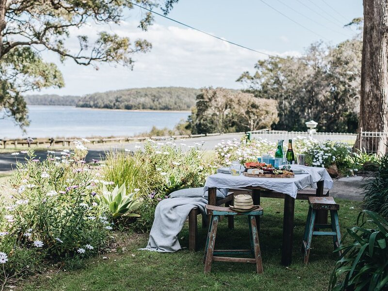 Hemingway's Lakehouse, holiday rental in Culburra Beach