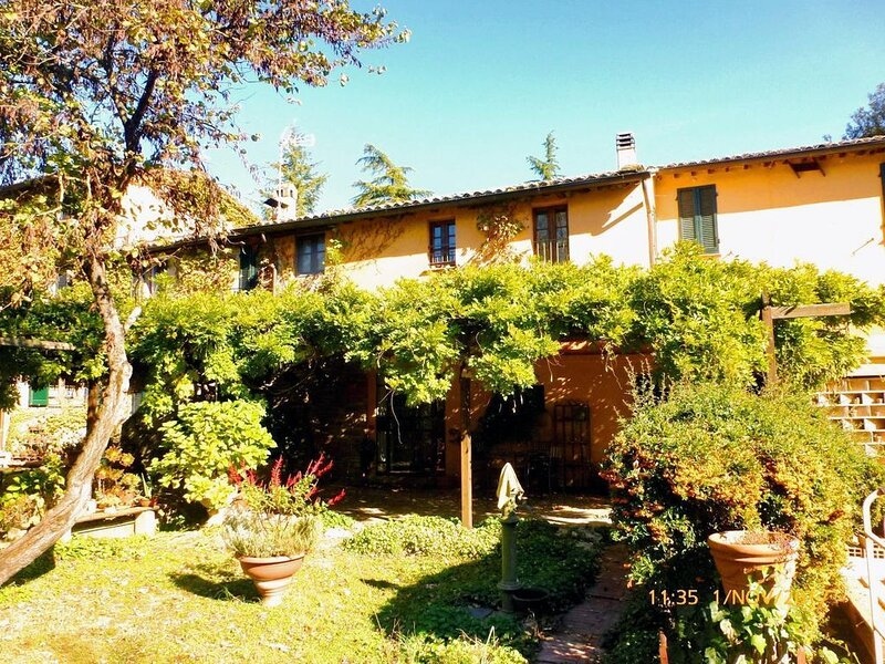Ferienwohnung Oscano für 1 - 2 Personen - Ferienwohnung, location de vacances à Ponte Valleceppi