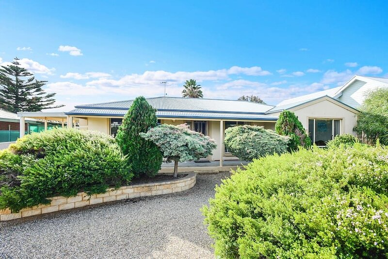 River Beach House - Pet friendly, Free WIFI, holiday rental in Goolwa