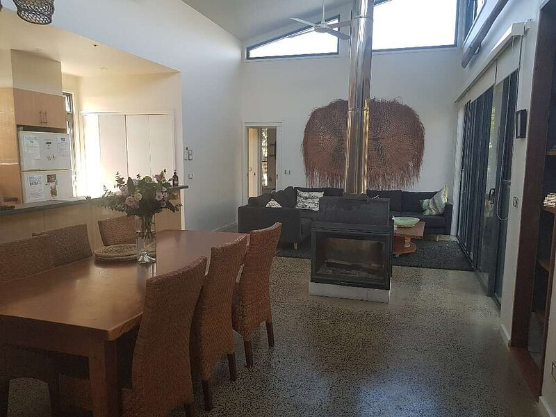 SEASIDE IDAHO By the Beach., casa vacanza a Point Lonsdale