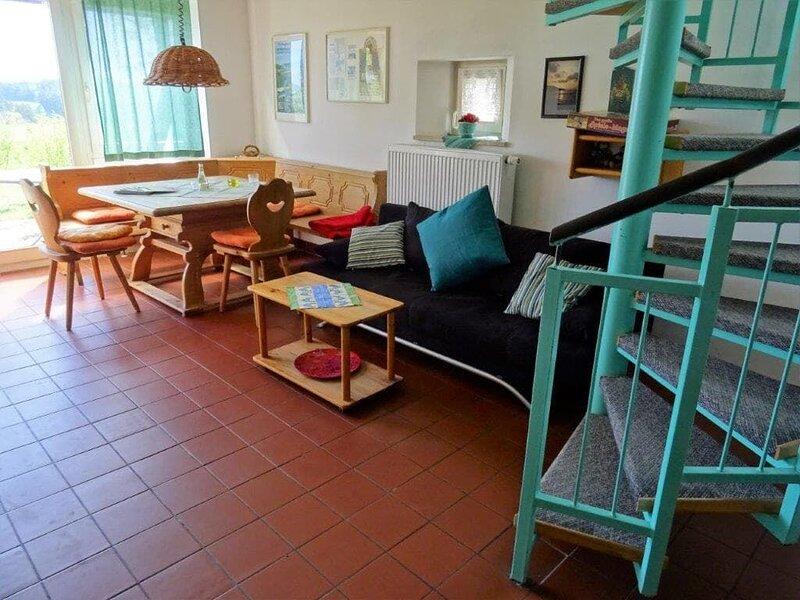 Ferienhaus mit Sauna und Gartenumzäunung-1